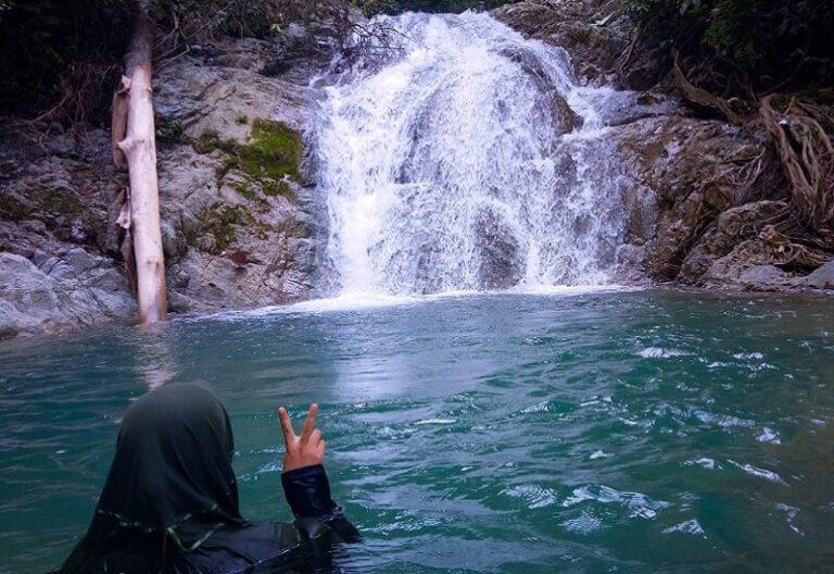 Perempuan Peduli Leuser Menikmati Air